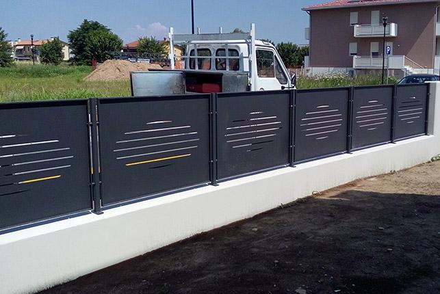 Ferro in arte recinzioni in ferro battuto for Immagini recinzioni