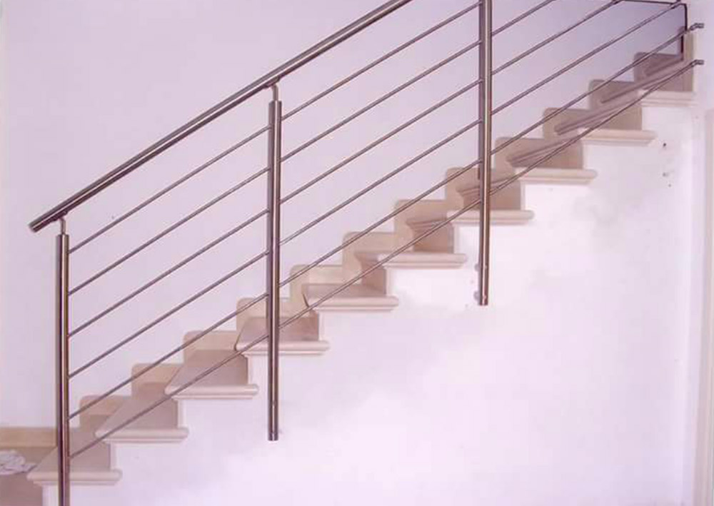 Ferro in arte scale e ringhiere interne in ferro - Ringhiere in ferro battuto per scale interne ...